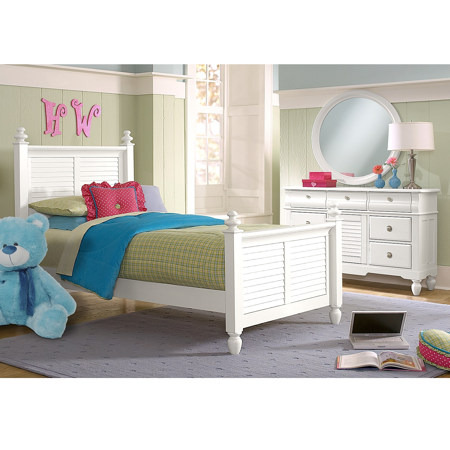 Seaside 5-Piece Twin Bedroom Set - White | American Signature ...