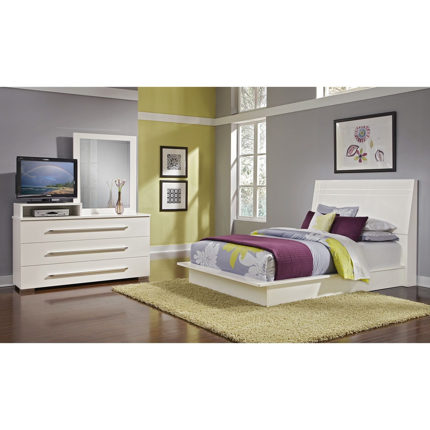 Dimora 5-Piece Queen Panel Bedroom Set with Media Dresser - White