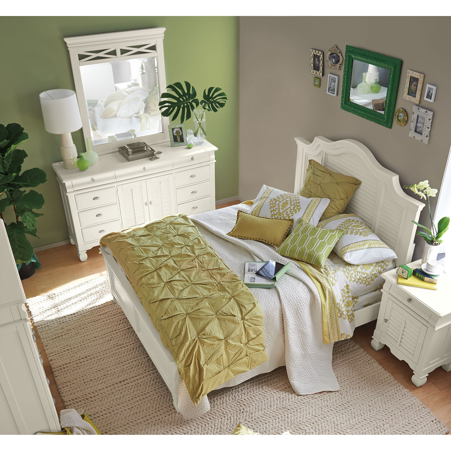 plantation bedroom sets