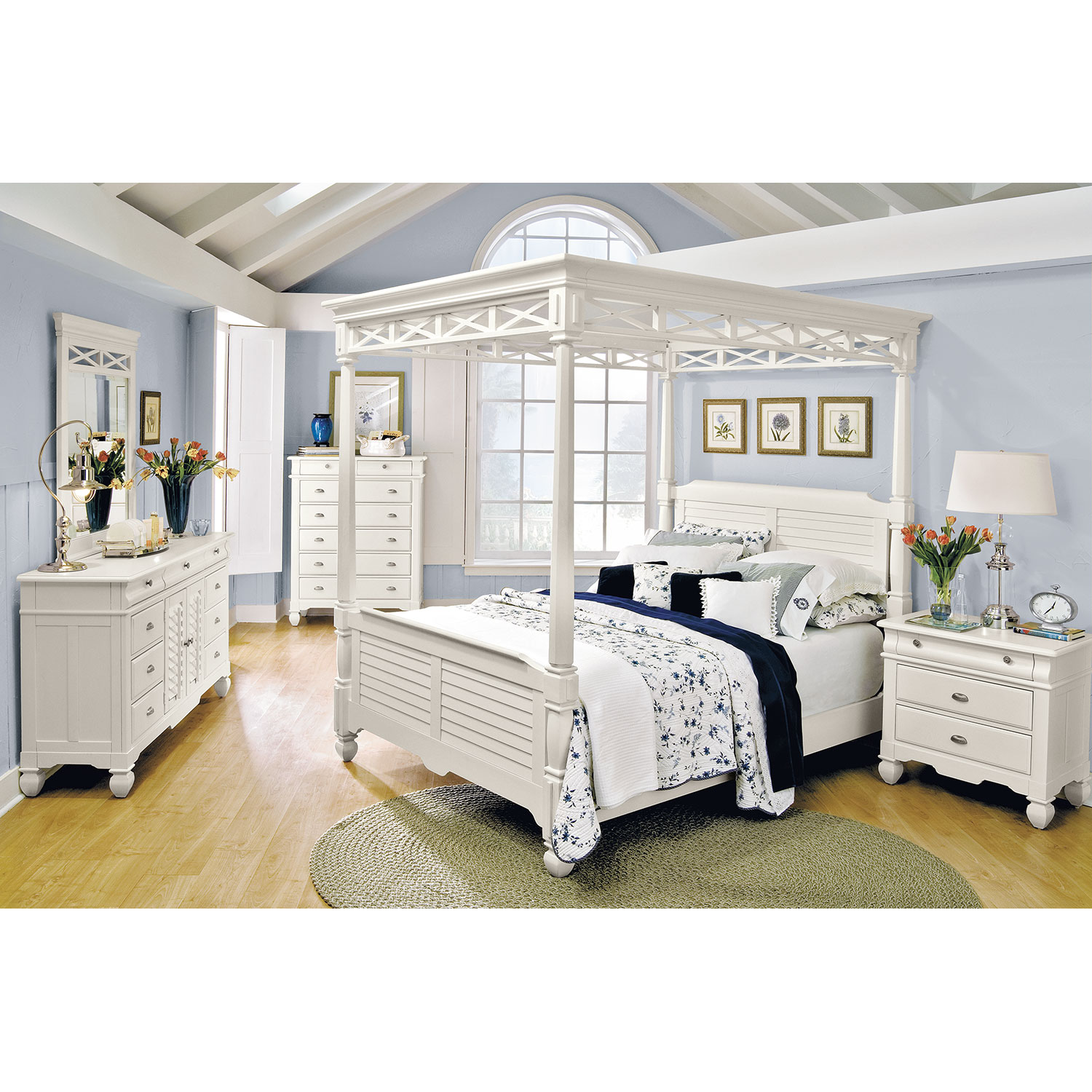 Plantation Cove 5 Piece King Canopy Bedroom Set   White By American  Signature