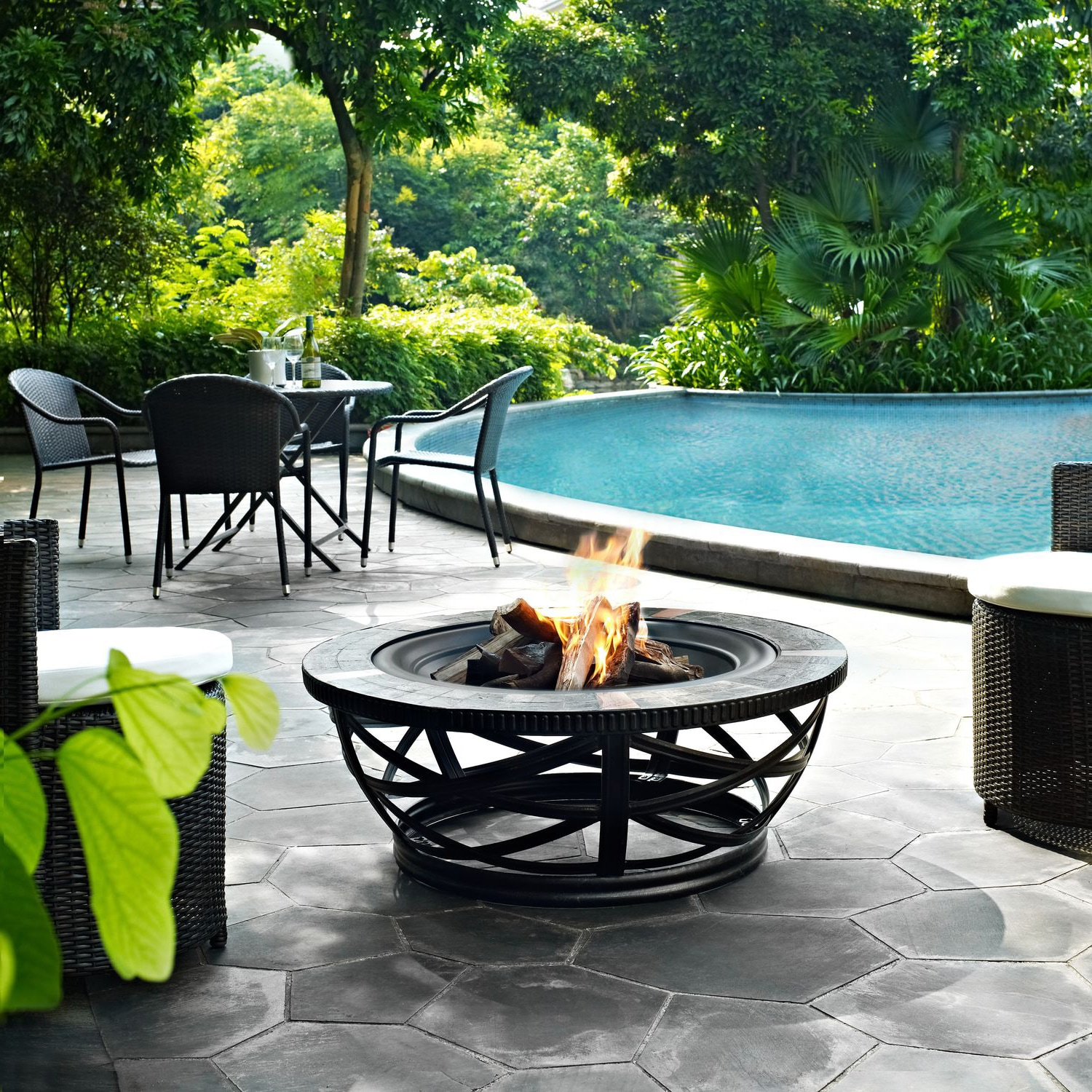 Outdoor Furniture - Montero Fire Pit - Black