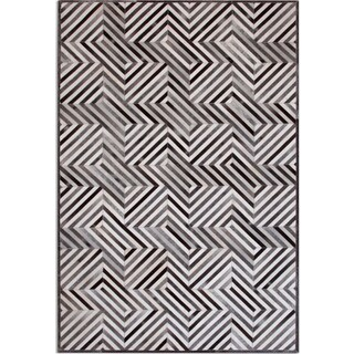 Geo Hide 5' x 8' Area Rug - Gray