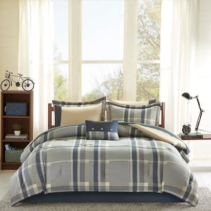 Tyen Twin XL Comforter and Sheet Set